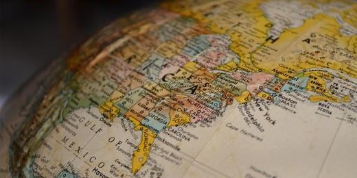 Нужно ли разделять контекстные кампании по регионам?