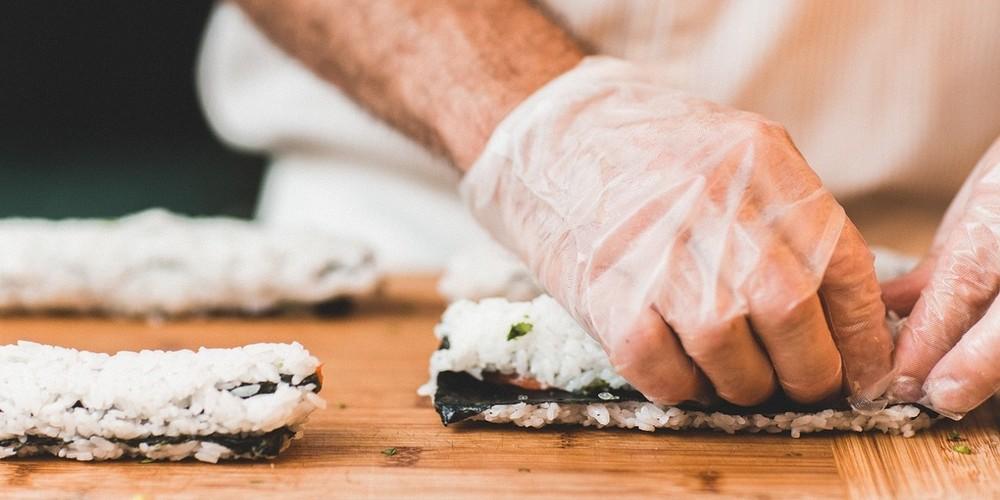 Минимум бюджета – максимум эффекта: четыре кейса доставки суши и роллов «ЁбиДоёби»