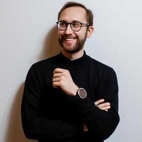 Данил Симонов